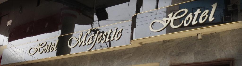 Hotel Majestic rotulo